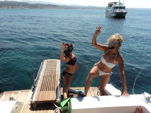 Alicia and I get ready to do some serious snorkelling